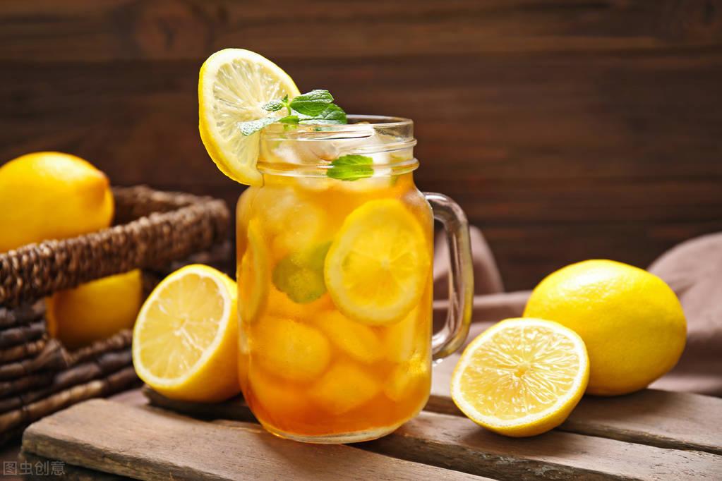 柠檬水怎么做简单方法 柠檬水三种泡法