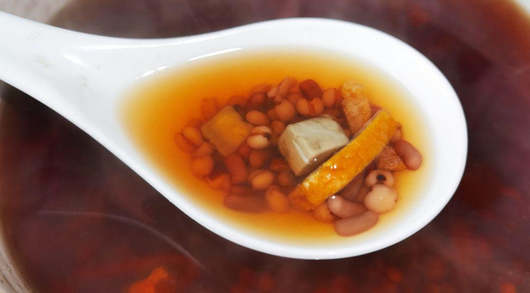 湿气重百病生,教你红豆薏米水的正确煮法,祛除湿气一身轻松