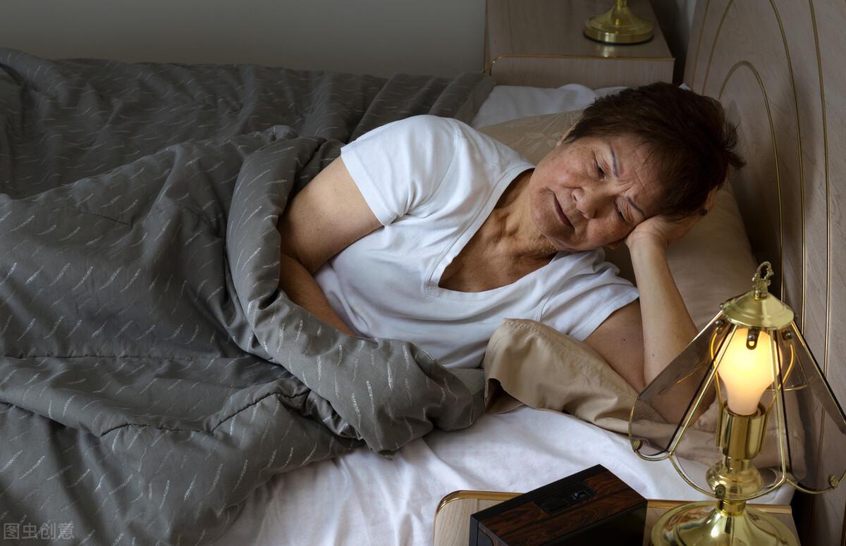 如何提高老年人的睡眠質量? 4個小技巧,讓你睡個好覺