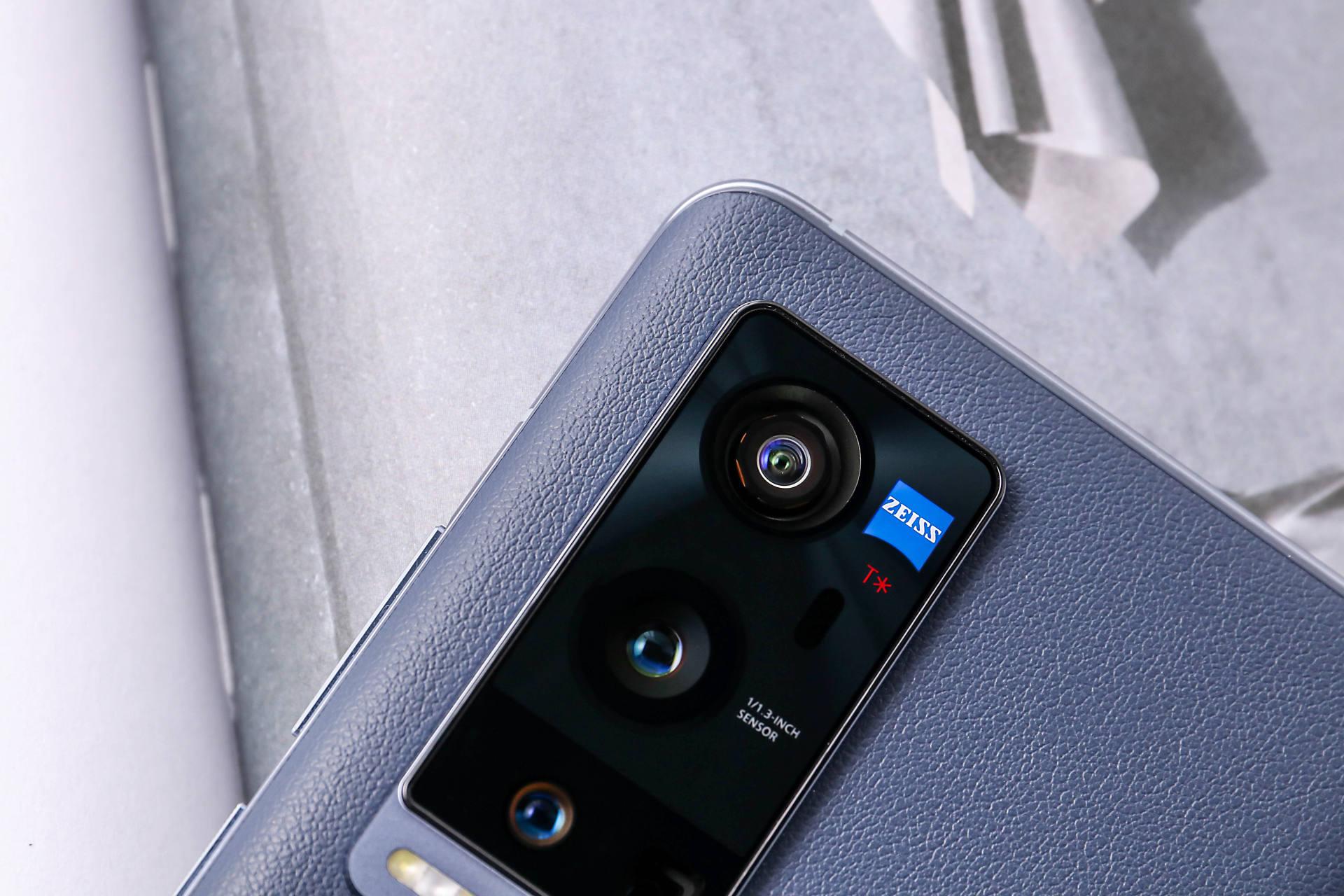最值得买的3款vivo手机,都是极致性价比,买对不吃亏